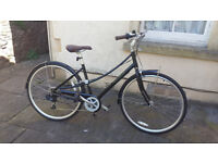 Nearly New Pinnacle Californium 1 2018 Women's Hybrid Dutch Bicycle Vintage Bike Black