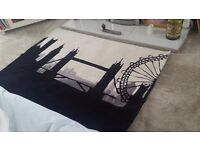 Stunning city scape rug. LONDON