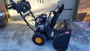 BRAND NEW Snow Thrower ~ Never used!