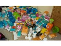Huge bundle of zhu zhu pets and accessories