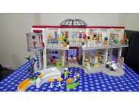 Playmobil Shopping Centre with Fashion Boutique & Beauty Salon