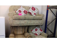 3 Seater Settee + 1 Chair. Very Good Condition. Local Delivery..S.O.T Area. . . . £110 . . .