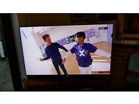 """Samsung 55"""" UE55F8000 LED HD Television with 3D & Freeview and WiFi."""