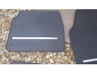 Rubber Car Mats for Range Rover Evoque - Genuine Land Rover Parts