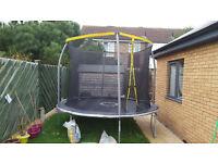 trampoline 10 'in perfect condition