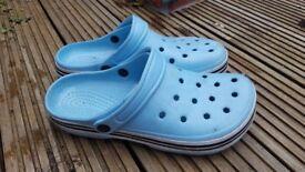 Free garden plastic shoes