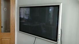 Sony 44 inch Plasma Screen + wall bracket.