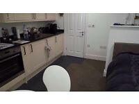 Studio flat to rent in Clifton