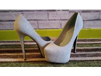 Shusole high heels. size 6