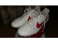 Nike tiempo football boots - size 10