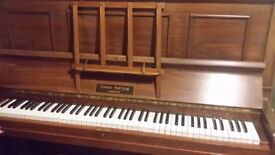QUALITY, OVERSTRUNG UPRIGHT PIANO IN ATTRACTIVE WOODEN CASE - 88 KEYS ALL IN GOOD WORKING ORDER