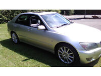 LEXUS IS200 SE 6 SPEED MANUAL WITH LEATHER