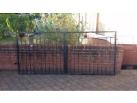 Steel gates. One pair to fit 2.8m gap. One single for 965mm gap. (approx 9ft/3ft)