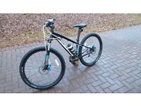 SPECIALIZED BOYS MOUNTAIN BIKE