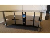 41 inch TV stand in excellent condition
