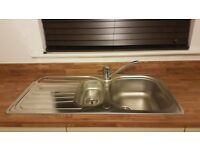 Stainless steel sink 1.5 bowl, linkage kit and tap
