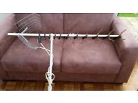 Large TV aerial in excellent condition complete with fixing pole previously used for caravan.