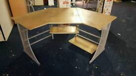 Large corner desk with shelf underneath