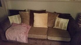 3 + 2 seater sofas. Excellent condition. From smoke pet free home.