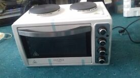 Mini oven with 2 plates electric Brand new