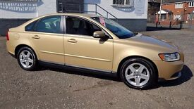 Volvo S40 1.8 S 4dr - 2 Owners. Low Mileage.