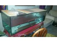 5 ft Fish tank with fish