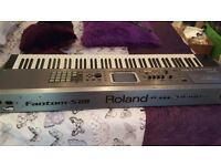 Roland fantom S88 keyboard. 88keys excellent condition