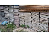 HA0 Wembley Job Lot 100+ Garden Floor Tiles Pallets Wood Plant Base more....