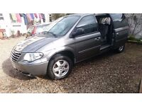 7 seater chrysler grand voyager executive crd (stow and go seating) £2600