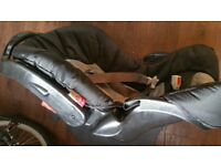 Graco 0+ car seat with base