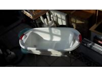 Mothercare Newborn Baby Bath Tub and Stand (Good Condition)