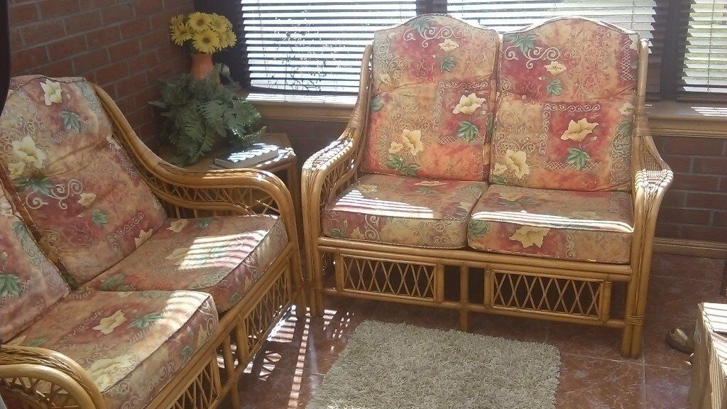 Conservatory X2 Two Seater Bamboo Sofas As New Condition And Octagonal Table To Match