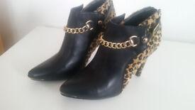 Women's shoes size 6