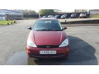 Ford Focus 1.6 estate car in good condition drives very good 1 year MOT