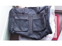 CABIN BAG IN BLACK WITH SHOULDER STRAP