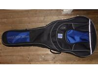 "Roksak Pro Deluxe Gig Bag for Jumbo Acoustic Guitars/17"" Archtop"