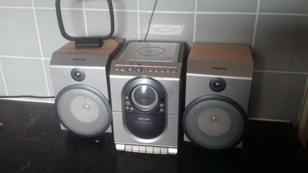 Phillips Compact Stereo System