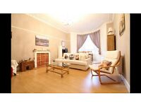 lovely double bedroom offered in heart of Dennistoun