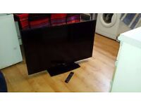 """FAULTY 42"""" HD 1080p LCD TV with built in freeview, 2 x HDMI and USB connectivity"""