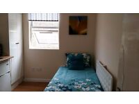 Lovely 1 Bedroom Studio Room - Plumstead - **All bills included - Fully furnished - Great Location**