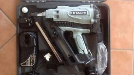 HITACHI KOKI GAS STRIP NAIL GUN - MODEL NR 90GC2