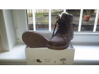 NICE BOOTS SIZE 8/41