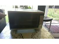 Microwave oven. Breville 800w