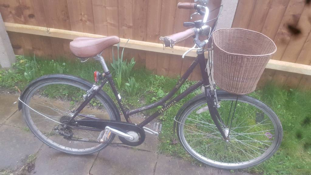 Dawes dutches ladies bike
