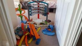 Hot wheels garage and track