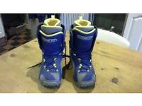 Snowboard boots size 5.5