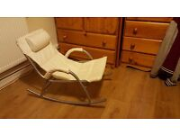 Rocking chair (age upto 4)