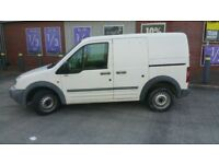 FORD TRANSIT CONNECT VAN 1.8 DIESEL DRIVES SPOT ON NO MECHANICAL ISSUES AT ALL, QUICK SALE!!!!!!!!!!