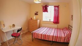 HOXTON ZONE 1, DOUBLE ROOM FOR 150£ AVAILABLE FROM TODAY, 15min to OXFORD, PICADILLY ETC.. BUSES 24H