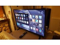 LUXOR 32-inch Smart LED HD TV- with built in Wifi,Freeview HD, excellent condition